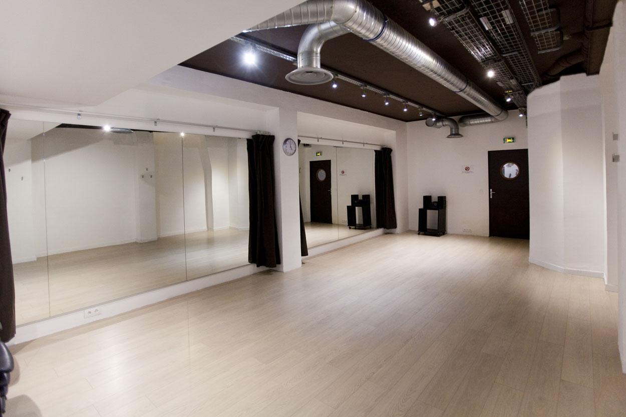 studio danse paris. Black Bedroom Furniture Sets. Home Design Ideas