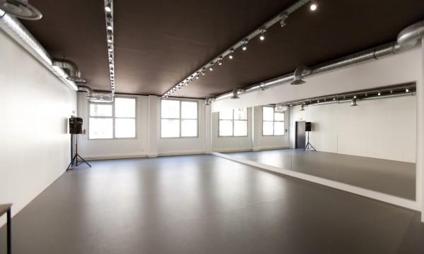 St Bleu Salle de danse droite – 75010-02