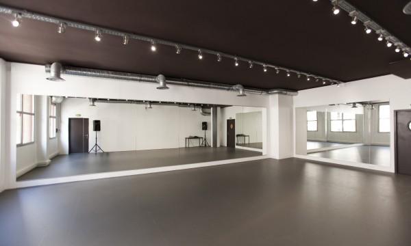 St Bleu Salle de danse droite – 75010-05