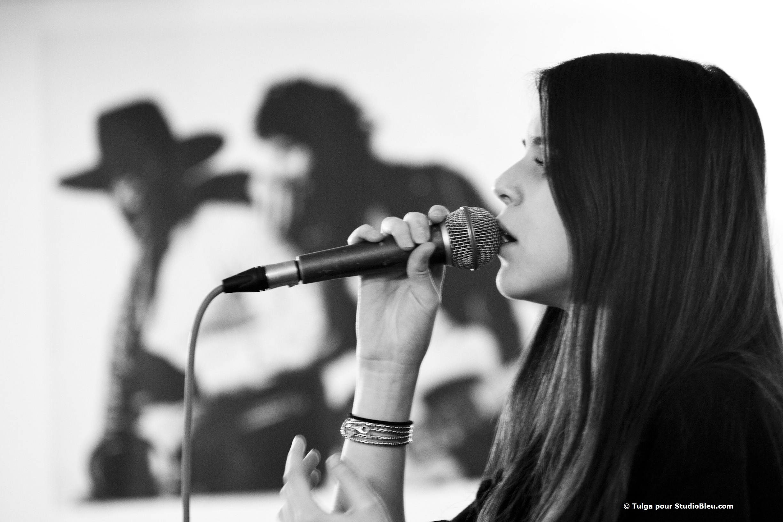 Marina Kaye en répétition à studio bleu paris