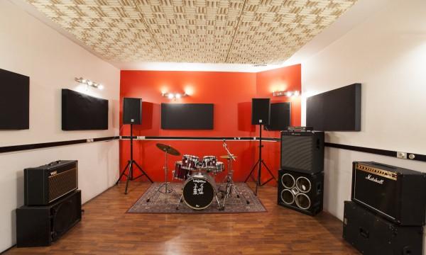 Studio C-01
